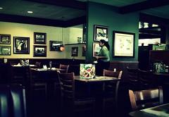 Denny's (Kaypak) Tags: dark restaurant waitress dennys dunkel amerikanisch kaypak