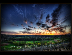 Enz (Kemoauc) Tags: blue sunset sky orange moon green photoshop vineyard nikon hdr topaz d90 enz photomatix nikond90 rosswag kemoauc