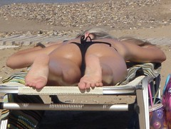 P7240330 - A (Dragonotna2) Tags: feet soles sexyfeet femalefeet sexysoles candidfeet femalesoles