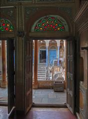 IMG_9567_8_9_tonemappé (xsalto) Tags: houses maisons painted inde mandawa peintes havelis