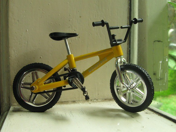 mini yellow fingerbike