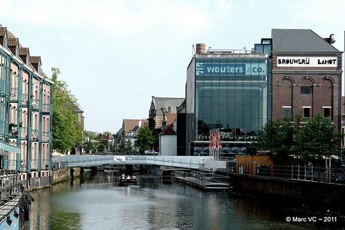 De nieuwe brug aan de Vismarkt