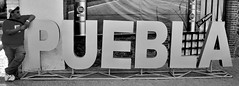 P U E B L A (Alex Velazquez) Tags: new blue wedding light sky food dog blanco luz water colors azul canon landscape mexico lights luces agua photos kodak aztec retrato comida negro boda paisaje colores bn perro cielo dslr puebla mx fondo nuevas grillo azteca aztecas