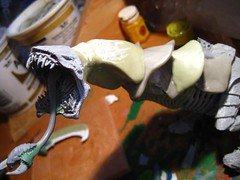 19 Adding some neck (Modern Synthesist) Tags: conversion dominatrix tyranids biotitan hierodule apoxiesculpt tyraniddominatrix tyranidtitan scythedhierodule