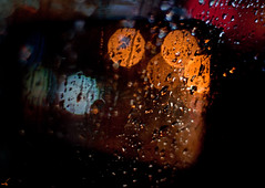 ... (San Panteno) Tags: blue red orange rain bokeh drop   d90