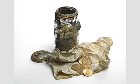Gold-coins-and-glass-jar