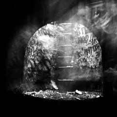 Paris, petite ceinture (flallier) Tags: nikonfe2 hp5 d76 35mm urbex exploration ghost françoislallier inthetunnel yahoo:yourpictures=hiddencityplaces yahoo:yourpictures=blackandwhite 2011 chemindeferdeceinturenord pc petiteceinture subterranean puits échelons noiretblanc blackandwhite nb bw bnw mono monochrome