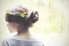 lxxxvi // 365 [explored!] (madeleinestanley) Tags: portrait flower self leaf crown 365 dentist 86