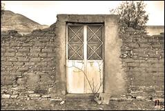 Timeless (Demodragon) Tags: door old mxico vintage puerta sony zacatecas hdr timeless ojocaliente dslra200 pastora demodragon nicovangelion