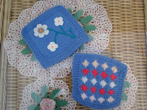 Gorgeous Knitted Squares! I think a 'Grow me a Garden one! bonsall what do you think?