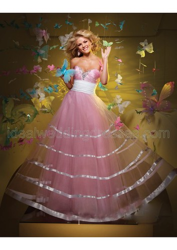 Taffeta Strapless Sweetheart Neckline Ball Gown with Gathered Bust and Wide Rouched Waistband and Tulle Overskirt with Satin Trim 2011 Hot Sell Prom Dress P-0292