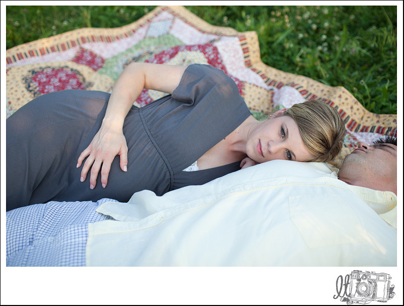 matt+meghan_blog_stl_maternity_photography_11