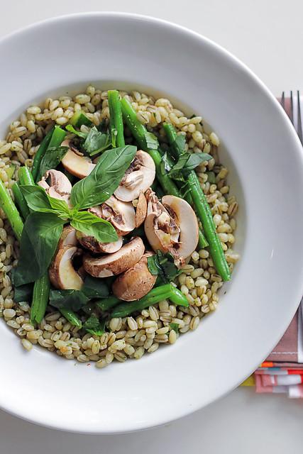 Spelt, Mushrooms and Spring beans