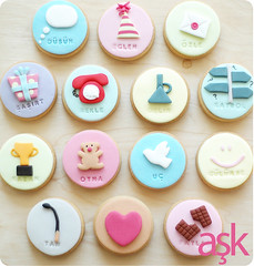 """""""love means ...."""" cookies (netatlisey) Tags: cute love smile cookies lost fly flying crazy missing call cookie play heart think cook burn wait win miss bake modelling description surprize whatislove beingcrazy sugarcraft"""