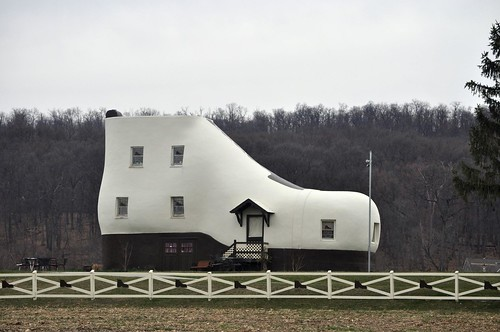 Haines Shoe House, Hellam PA
