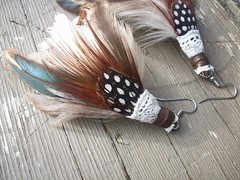 DOLLHOUSE earth toned feathers, lace, leather earrings (piecemaker jewelry) Tags: leather colorful lace featherearrings piecemakerjewelry surgicalsteelhooks