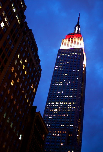 Empire State Building Lights Up in White/Red/White For Japan Disaster Relief