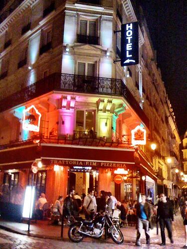 <span>parigi</span>Quartiere Latino<br><br>Negozi, ristoranti, locali...<p class='tag'>tag:<br/>viaggio | parigi | luoghi | </p>