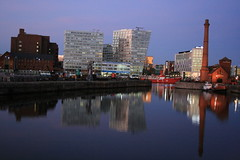 Albert Dock, Liverpool (sooloveselvis) Tags: reflection wheel liverpool northwest albertdock merseyside rivermersey northwestengland billyfury sooloveselvis wheelofliverpool