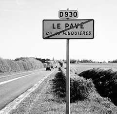 Le Pave (smashred) Tags: france belgium classics cobbles bmc flanders pave roubaix parisroubaix tomboonen compiegne fabiancancellara hellofthenorth springclassics garmincervelo leopardtrek