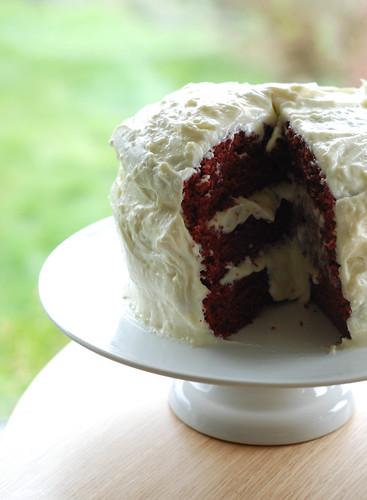 Anniversary Cake Chomp