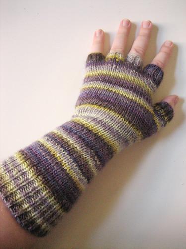 Glove 1 back
