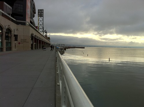 morning run along AT&T Park