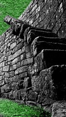 Wall and stairs. Remembering Escher (obsidiana10) Tags: muro verde green castle stone wall stairs grey gris pierre chateau escher mur pedra castillo escaleras piedra ecaliers