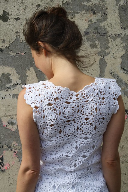 crochet dress back