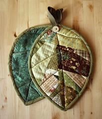 Scrappy Leaf Potholders (PatchworkPottery) Tags: leaf quilt handmade sewing fabric patchwork trivet potholder scrappy hotpad mugrug potgrabber