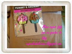 Adoro ser mimada! (Sissi Terra) Tags: mimo cupcake prmio chaveiros
