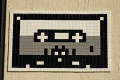 Paris 9me (PA_900) (Meteorry) Tags: street paris france art wall blackwhite europe spaceinvader spaceinvaders tape tiles invader pixels rue mur cassette noirblanc artderue mosaques carrelage k7 carreaux meteorry analoge pa900