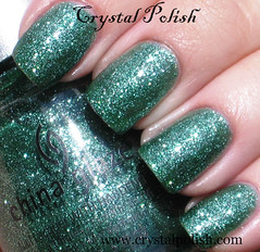 China Glaze Mistletoe Kisses (CrystalPolish) Tags: green glitter chinaglaze mistletoekisses tistheseasontobenaughtyandnice