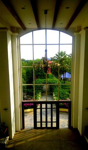 05052011-Main entrance to a garden