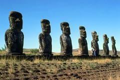 Ahu Akivi, 1981 (NettyA) Tags: ocean chile travel film 35mm pacific statues slide scanned 1981 kodachrome moai easterisland rapanui isladepascua tcp ahuakivi turichile