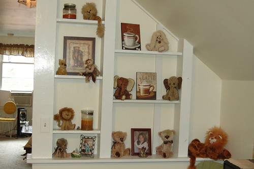 Bear wall by Laura Lynn - Teddy Bear Artist