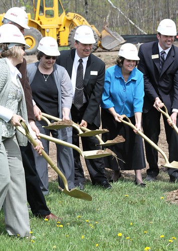 Members of the Fond du Lac tribe, USDA Rural Development staff, community leaders and hospital officials broke ground on a $27 million expansion and renovation project for Community Memorial Hospital in Cloquet, Minn. Due to the expansion, tribal members and local residents will no longer have to drive long distances to receive kidney dialysis treatment.