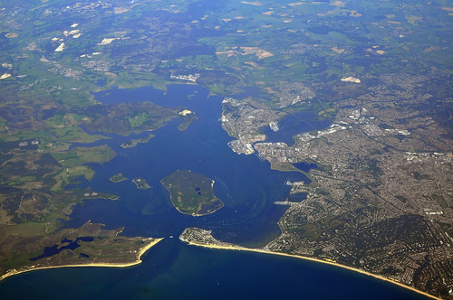 poole harbour above 8k ft 757 200 sml