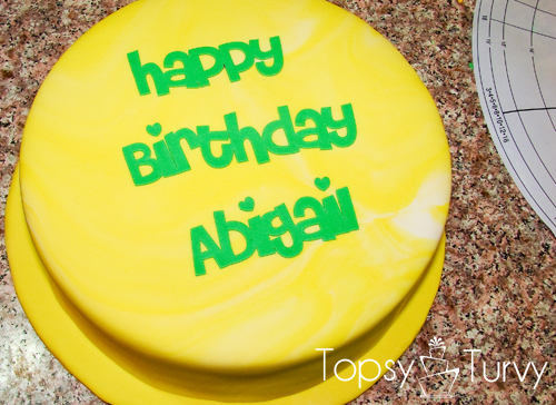 using-silhouette-machine-cut-fondant-happy-birthday