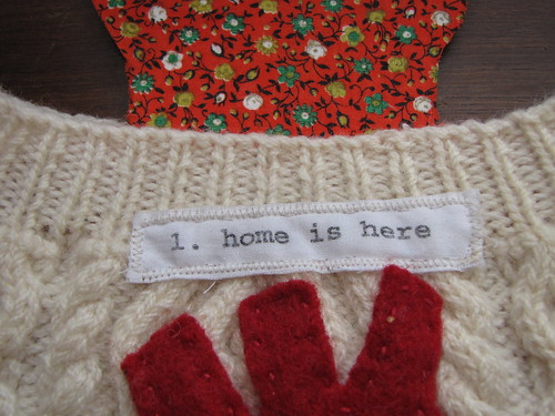 "Julianne's ""heart warming"" hot water bottle cover"