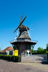 Windlust - Mill - Noordwolde - Friesland (Ferdi's - World) Tags: bridge mill geotagged molino ferdi friesland molen mulino stellingmolen noordwolde  korenmolen windlust kornmill 8sidedmill  ferdisworld muhle  vakantieeerbeek  2011springbreak 2011meivakantie landalhunerwoldstate 8kantigemolen geo:lat=5289196 geo:lon=614162 anno1850
