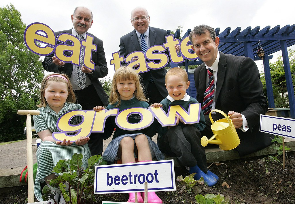"Health Minister Launches ""Eat, Taste & Grow"""