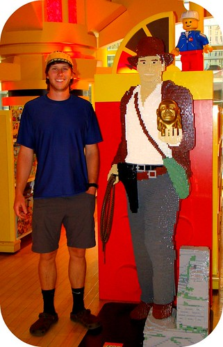 Mike & Lego Indiana Jones