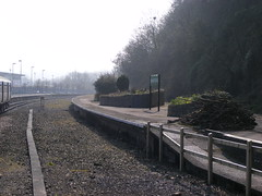 Disused Platform At Barnstaple Railway Station (relex109.com) Tags: station island is platform railway it junction line used just single be what disused now remains barnstaple terminus at httpstoresebaycoukrelex109photography