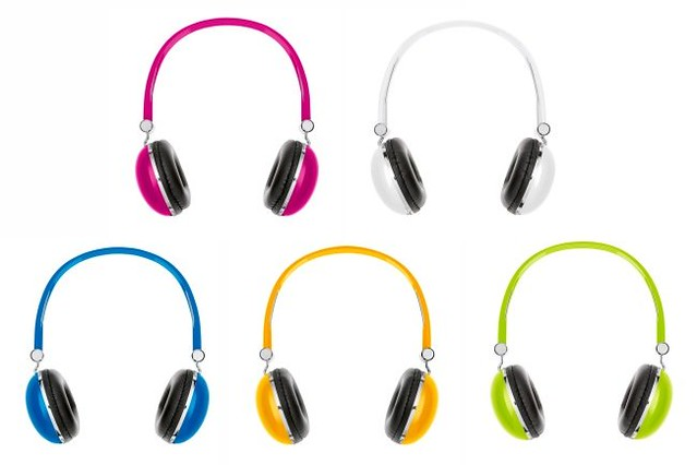 benetton-headphones-all