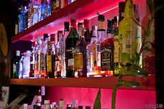 Camarero, camarero ... (David A.R.) Tags: david bar canon eos martini tequila ron whisky wodka fotografo araujo botellas 40d canoneos40d davidar davidaraujo