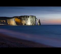 Cliffs at Etretat, France (Dutch Dennis) Tags: longexposure sunset france rocks cliffs normandie bluehour normandy falaise etretat tretat lamanche seinemaritime hautenormandie falaisedaval