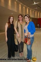 DSC_2884  Rosalba Robinson, Gaby de Robinson y Angie Vilchis.