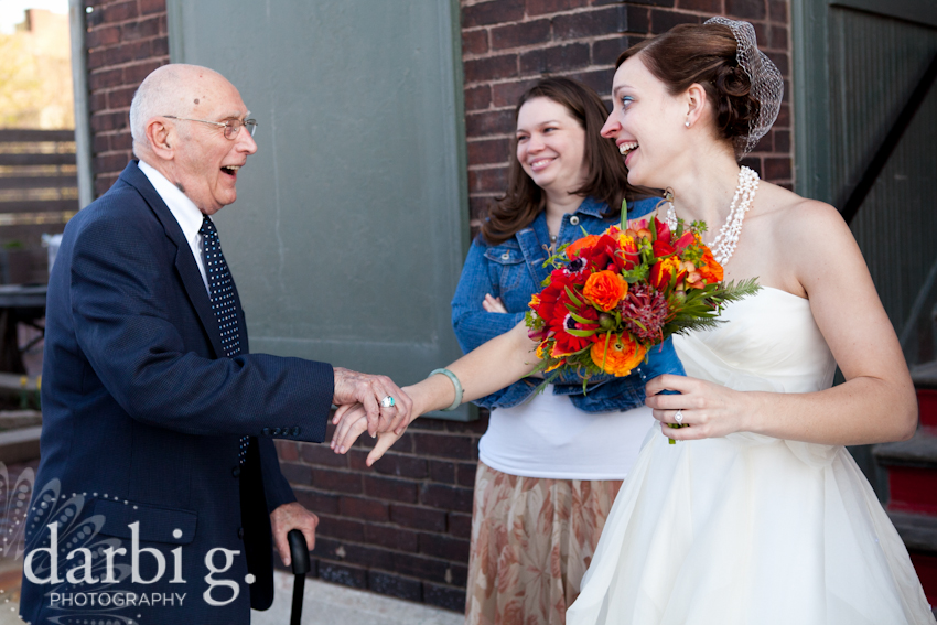 Darbi G Photography-Kansas city wedding photographer-hobbs building-DarbiGPhotography-041611-CaitJeff-w-3-195-1