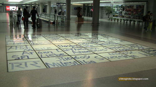 Love in many languages, Shanghai airport floor